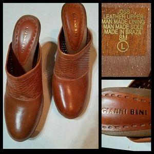 Gianni Bini Joss Brown Leather Wedge Clogs 8M